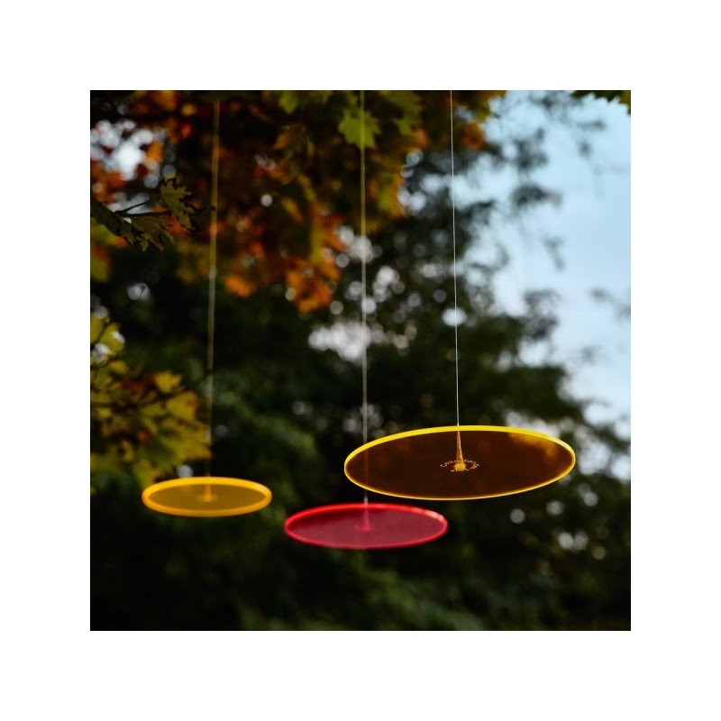 Picture showing available colors of this suncatcher model